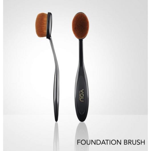 Y.O.U Foundation Brush